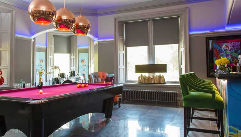Teith Castle Bar With Pool Table