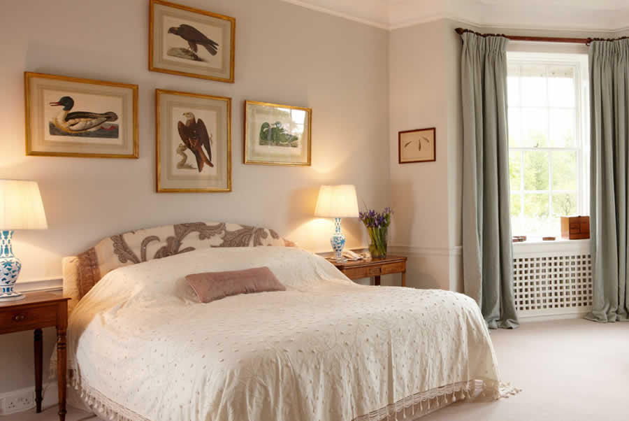 Oxfordshire Manor Pastel Bedroom