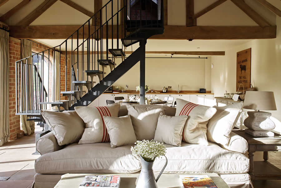 Castlemorton Barns Carthouse Living Room