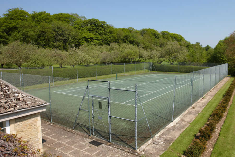 Oxfordshire Manor Tennis Court