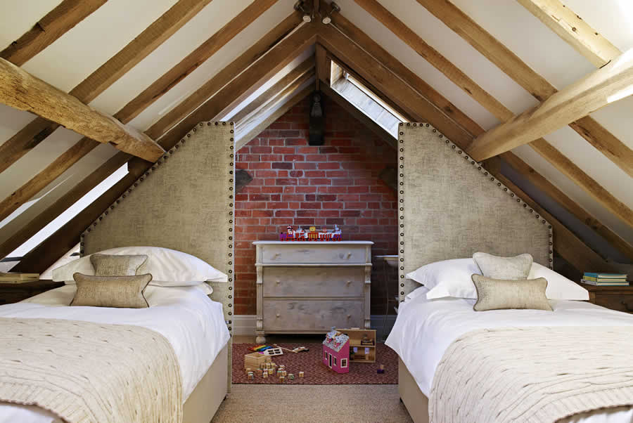 Castlemorton Barns Carthouse Bedroom 1